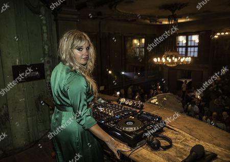DJ Goldierocks