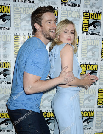 Stock Picture of Robert Buckley and Rose McIver
