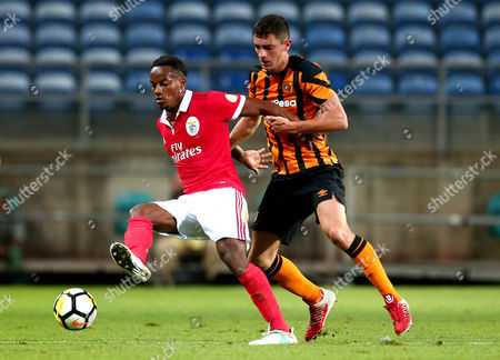 Stock Photo of Andre Carrillo of Benfica holds off Brian Lenihan of Hull City