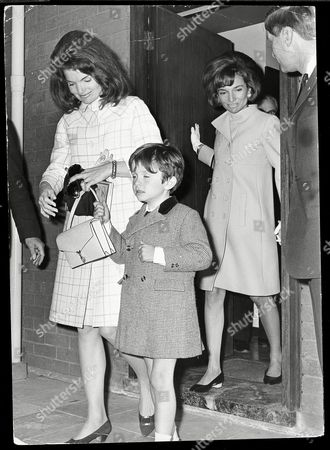 Stock Image of Jackie Onassis With Her Sister Princess Lee Radziwell And Nephew Anthony Radziwell. Jacqueline Lee Bouvier Kennedy Onassis (died May 1994) Widow Of President John F. Kennedy And Shipping Magnate Aristotle Onassis. Jackie Kennedy