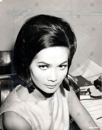 Nancy Kwan Actress Sporting The Short Haircut Which She Wore In The Film 'the Wild Affair'. -1.jpg