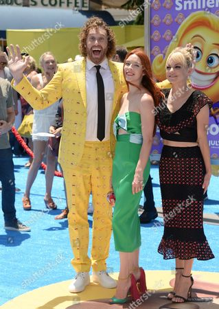 T.J. Miller, Kate Gorney and Anna Faris
