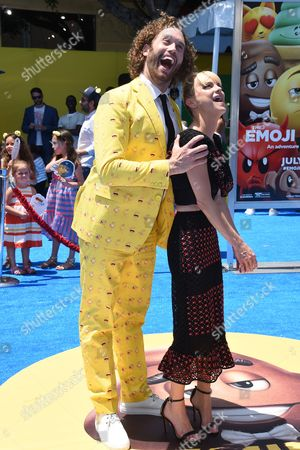 T J Miller with Anna Faris