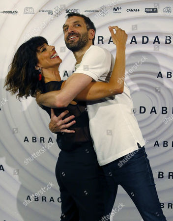 Maribel Verdu and Julian Villagran