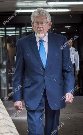 Rolf Harris leaves Southwark Crown Court after the Jury failed to reach a verdict on his last trial