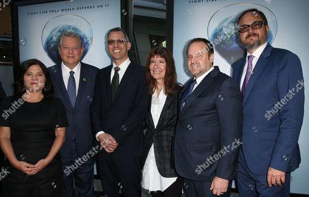 Bonni Cohen, Al Gore, Jon Shenk, Diane Weyermann, Jeff Skoll, Richard Berge