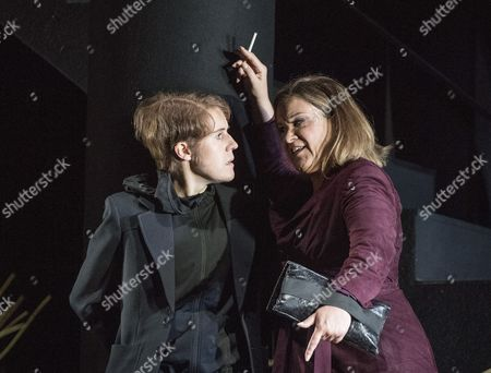 Anna Stephany as Sesto, Alice Coote as Vitella,