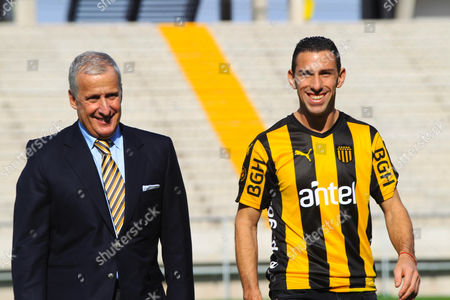 Stock Photo of Maxi Rodriguez and Juan Pedro Damiani