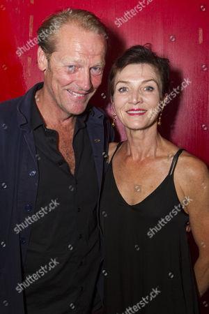 Stock Image of Iain Glen and Michelle Fairley (Helen/Marion/Brenda)