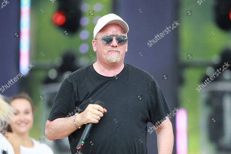 DJ Oetzi