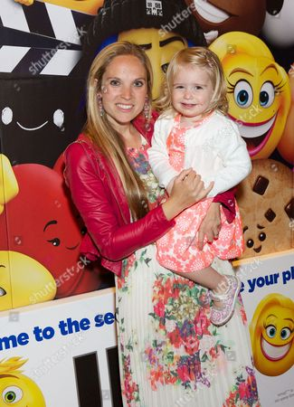 Allegra Feltz & daughter