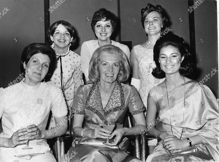 Daily Mail Transatlantic Air Race. Picture Shows The Female Winners Of The Race Including Sheila Scott. (l-r) Front Row: Mrs J Turner Miss Sheila Scott Miss V Rosario. (l-r) Back Row: Miss Susan Scribner Miss Pa Johnson Mrs Mary Kelly.