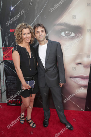 Production Designer Sarah Webster, Director Luis Prieto