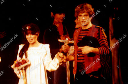 Linda Ronstadt Pictured On Stage with Rex Smith in the 1980 Stage Production of the Pirates of Penzance