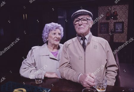 Jill Summers (as Phyllis Pearce) and Bill Waddington (as Percy Sugden)