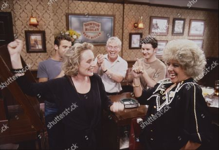 Michael Le Vell (as Kevin Webster), Michelle Holmes (as Tina Fowler), Geoff Hinsliff (as Don Brennan), Stuart Wolfenden (as Mark Casey) and Julie Goodyear (as Bet Gilroy)