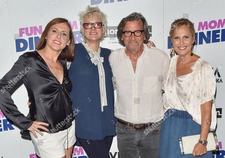 Molly Shannon, Nancy Jarecki, Griffin Dunne, Julie Yaeger