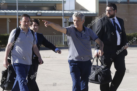 Former president of the Spanish Football Federation, Angel Maria Villar (2R), and son, Gorka (L), leave Soto del Real prison after paying bails of 300,000 and 150,000 euros, respectively, in Madrid, Spain, 01 August 2017. Angel Maria Villar and his son were arrested las 18 July and imprisoned as part of the so-called 'Soule' anti-corruption investigation.