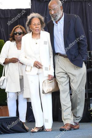 Rachel Robinson, Sharon Robinson, and Jackie Robinson Jr.