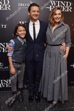 Teo Briones, Jeremy Renner, Elizabeth Olsen