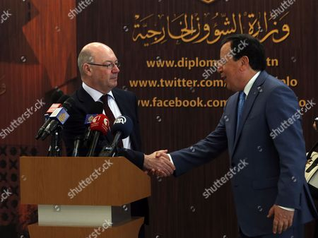 Khemaies Jhinaoui and Alistair Burt
