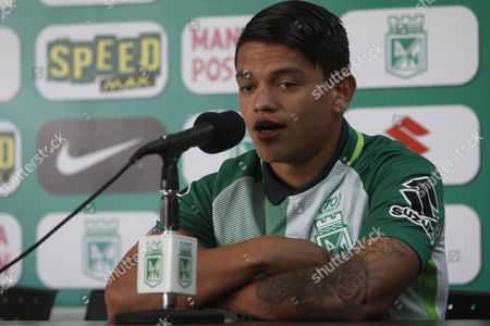The Venezuelan midfielder Ronaldo Lucena speaks during a press conference, in Guarne, Colombia, 04 August 2017. Lucena was presented as a new player of the Colombian team Atletico Nacional during a press conference at the sports venue.