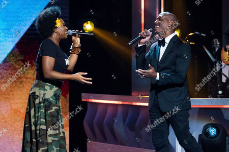 India Arie, Tyrese Gibson India Arie and Tyrese Gibson perform at the Black Girls Rock! Awards at the New Jersey Performing Arts Center, in Newark, N.J
