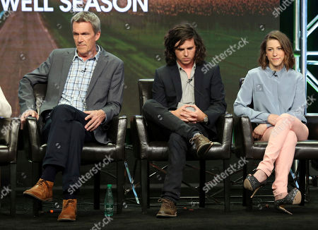 """Neil Flynn, Charlie McDermott, Eden Sher Neil Flynn, left, Charlie McDermott and Eden Sher participate in the """"The Middle"""" panel during the Disney ABC Television Critics Association Summer Press Tour at the Beverly Hilton, in Beverly Hills, Calif"""
