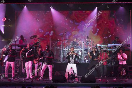 Kool & the Gang - (C) Ronald Bell singer, (R) Lavell Evans