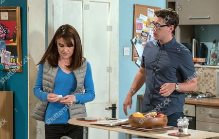 Ep 7908 & 7909 Tuesday 15th August 2017  Emma Barton, as played by Gillian Kearney, searches for the note and is shaken when Finn Barton, as played by Joe Gill, presents it to her then goes to rip it up. Unable to bear it, she grabs it from him and is forced to admit James wrote it. Seeing his mum upset, Finn doesn't probe her any further.