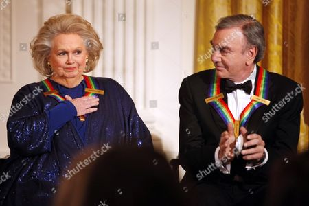 Barbara Cook, Neil Diamond Actress-singer Barbara Cook, left, reacts to remarks from President Barack Obama, next to fellow 2011 Kennedy Center Honors recipient singer and songwriter Neil Diamond, during at a reception for the honorees in the East Room of the White House, in Washington. Cook, whose shimmering soprano made her one of Broadway's leading ingenues and later a major cabaret and concert interpreter of popular American song, has died. She was 89