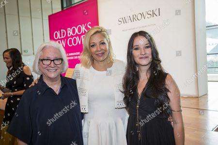 .. Teri Schwartz and Nadja Swarovski mit Anna Prohaska,