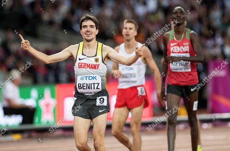 Timo Benitz (GER) is through in 3:46.01 to qualify in the mens 1500m