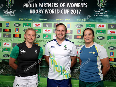 Ireland vs Australia. Ireland captain Claire Molloy with Australia captain Shannon Parry and referee Tim Baker at the coin toss