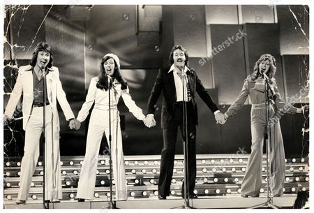 Brotherhood Of Man Pictured At The 1976 Song For Europe Contest They Went On To Win The Eurovision Song Contest With The Song 'save Your Kisses For Me' The Group Consisted Of Nicky Stevens Sandra Stevens Martin Lee And Lee Sheridan.