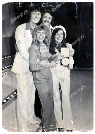Brotherhood Of Man Pop Group Are Pictured After Winning The 1976 Song For Europe Contest They Went On To Win The Eurovision Song Contest With The Song 'save Your Kisses For Me'. The Group Consisted Of Nicky Stevens Sandra Stevens Martin Lee And Lee Sheridan.