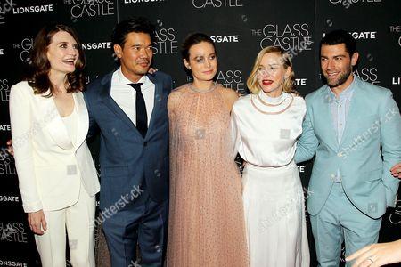 Jeannette Walls (Author), Destin Cretton (Director, Writer), Brie Larson, Naomi Watts, Max Greenfield