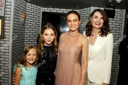 Chandler Head, Ella Anderson, Brie Larson, Jeannette Walls (Author)