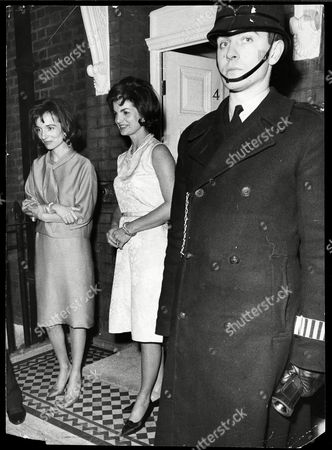 Stock Picture of Jackie Onassis With Her Sister Princess Lee Radziwell In London Jacqueline Lee Bouvier Kennedy Onassis (died May 1994) Widow Of President John F. Kennedy And Shipping Magnate Aristotle Onassis. Jackie Kennedy