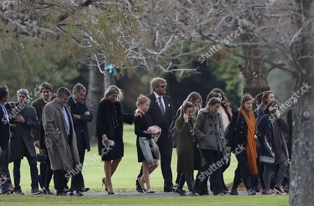 Family and friends including Dutch Queen Maxima Zorreguieta (6-L), and her husband, Dutch King Guillermo Alexander (C), attend the funeral of Jorge Zorreguieta in the Memorial Cemetery of the locality of Pilar, Province of Buenos Aires, Argentina, 10 August 2017.  Zorreguieta, father of Queen Maxima of the Netherlands, died on 08 August 2017, at age 89.