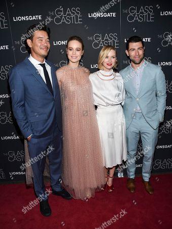 """Destin Daniel Cretton, Brie Larson, Naomi Watts, Max Greenfield Director Destin Daniel Cretton, left, poses with actors Brie Larson, Naomi Watts and Max Greenfield attend the premiere of """"The Glass Castle"""" at the SVA Theatre, in New York"""