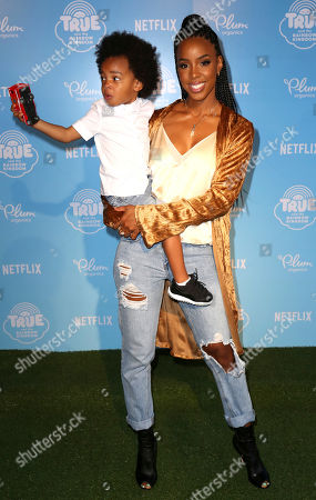 """Kelly Rowland, Titan Jewell Witherspoon Kelly Rowland, right, and son Titan Jewell Witherspoon arrive at the Special Screening of """"True and the Rainbow Kingdom"""" at The Grove, in Los Angeles"""