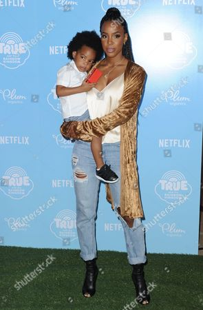 Stock Image of Kelly Rowland and son Titan Jewell Witherspoon