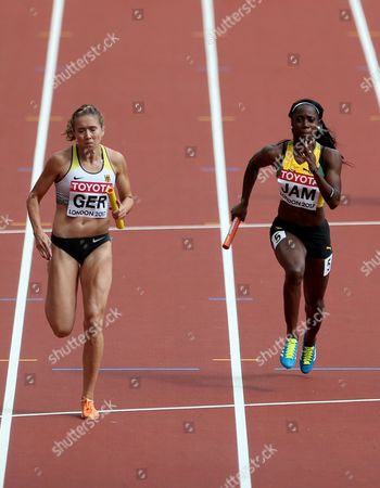 Rebekka Haase of Germany and Sashalee Forbes of Jamaica during the Women's 4x100 meters relay semi finals