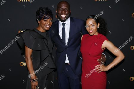 """Tina Lifford, left, Omar J. Dorsey, center, and Dawn-Lyen Gardner of """"Queen Sugar"""" pose for a photograph at the Arts & Entertainment Task Force Reception during the 2017 National Association of Black Journalists conference on in New Orleans, La"""