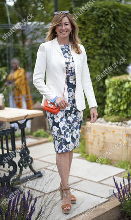 Suzi Perry At The Hampton Court Palace Flower Show.