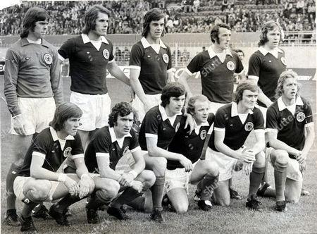 The Scotland World Cup Squad Of 1974 (l-r) David Harvey Jim Holton Joe Jordan Danny Mcgrain John Blackley Kenny Dalglish Sandy Jardine Peter Lorimer Billy Bremner David Hay And Denis Law.