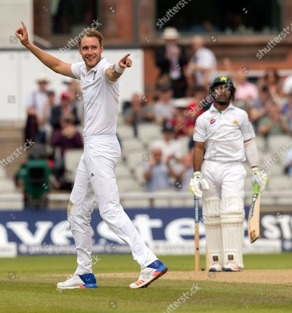 Cricket - England V Pakistan - 2nd Test Day Four July 24th 2016 - Old Trafford Manchester. Asad Shafiq Caught Alex Hales Bowled Chris Broad 4 At Old Trafford