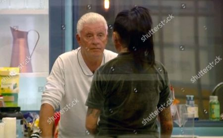Jemma Lucy explains to Derek Acorah which she chose her own letter over his
