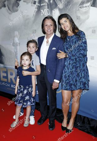 Stock Picture of Emerson Fittipaldi, with his wife Rossana Fanucchi and their children Emerson and Vittoria